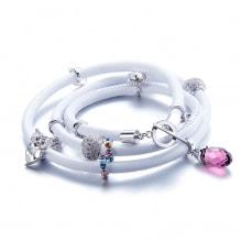 828f13d42d0 Pulsera Cuero Blanca Perlas y Charms cristales Swarovski Elements 69.00€  139.00€