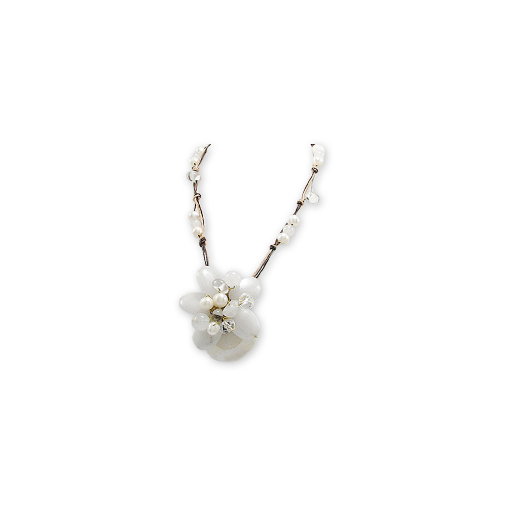 white-flower-gemstones-necklace