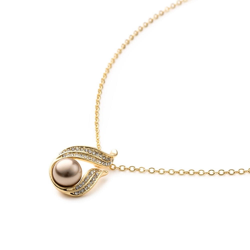 gold-pearl-crystal-pendant-and-yellow-gold-plated