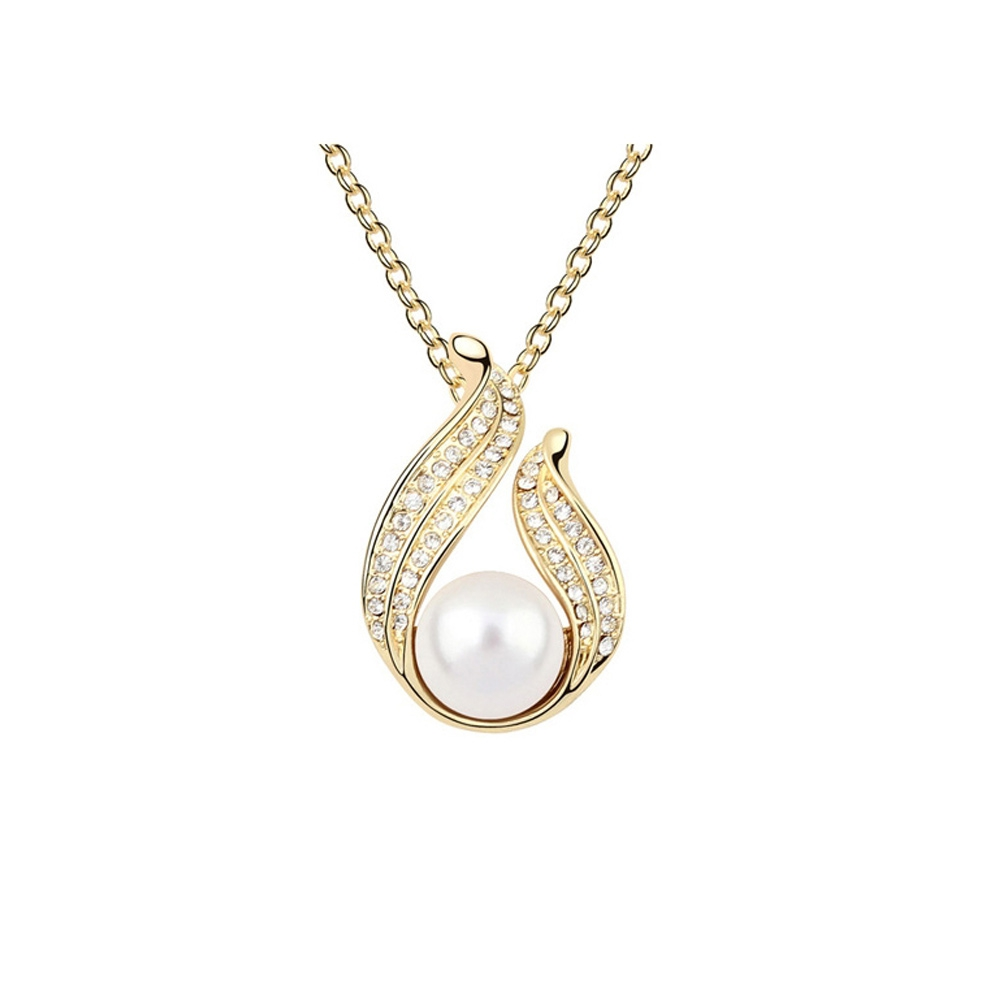 white-pearl-and-crystal-pendant-and-yellow-gold-plated
