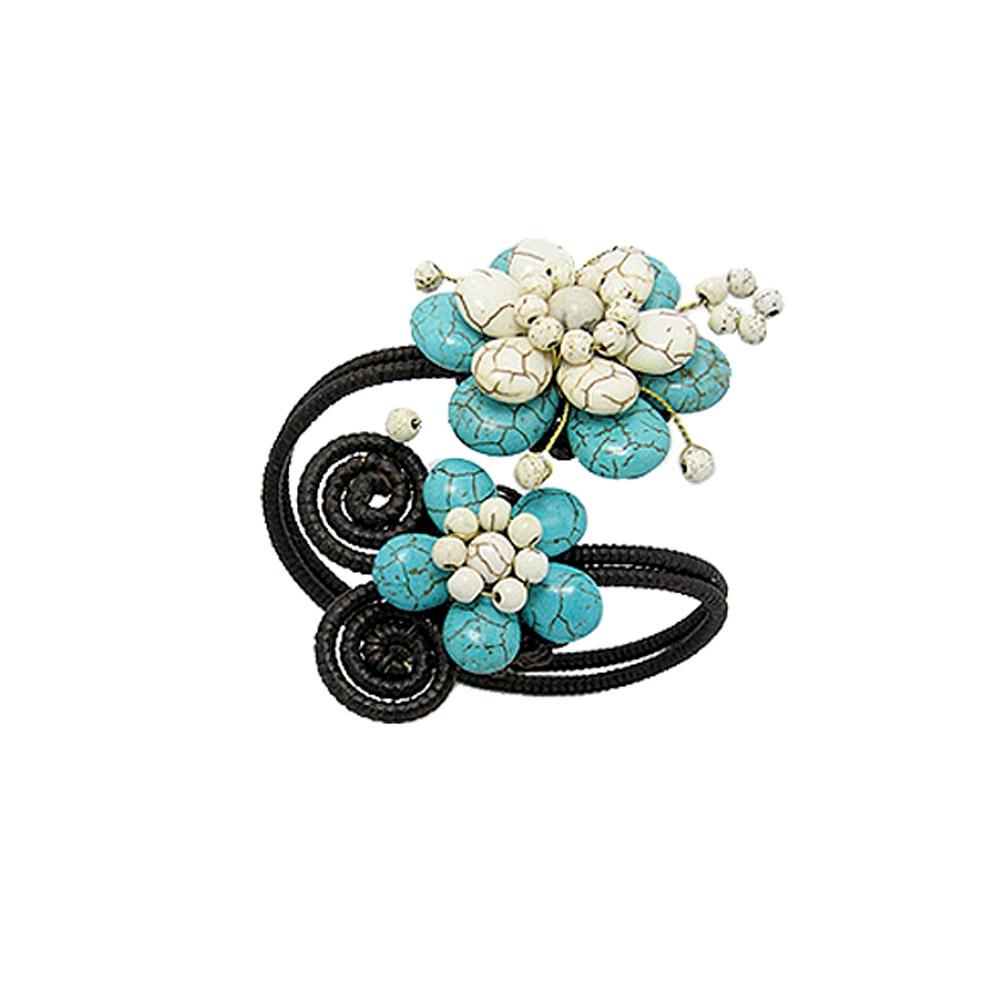 turquoise-gemstones-and-white-flower-bracelet