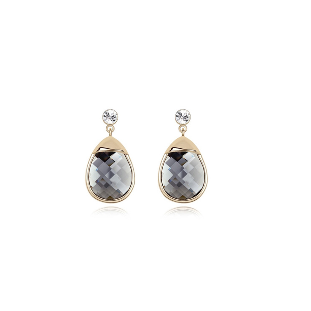 black-crystal-earrings-and-gold-plated-white